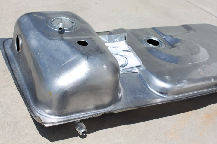 GP Mustang Sleeper Tank (79-97)